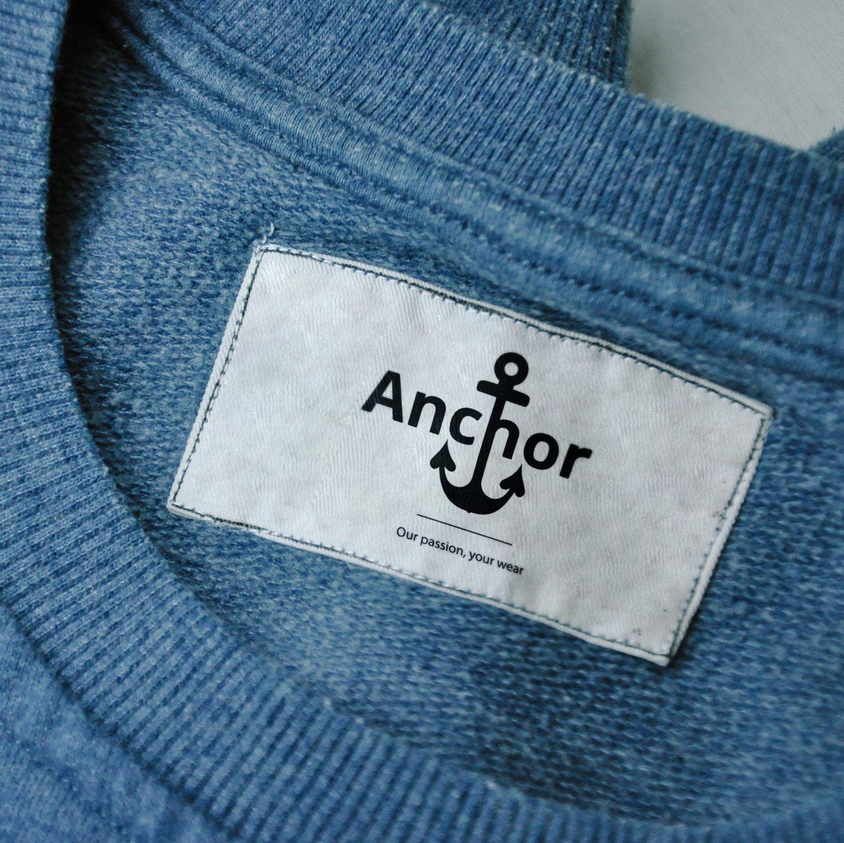 Anchor-Logo-Bluse